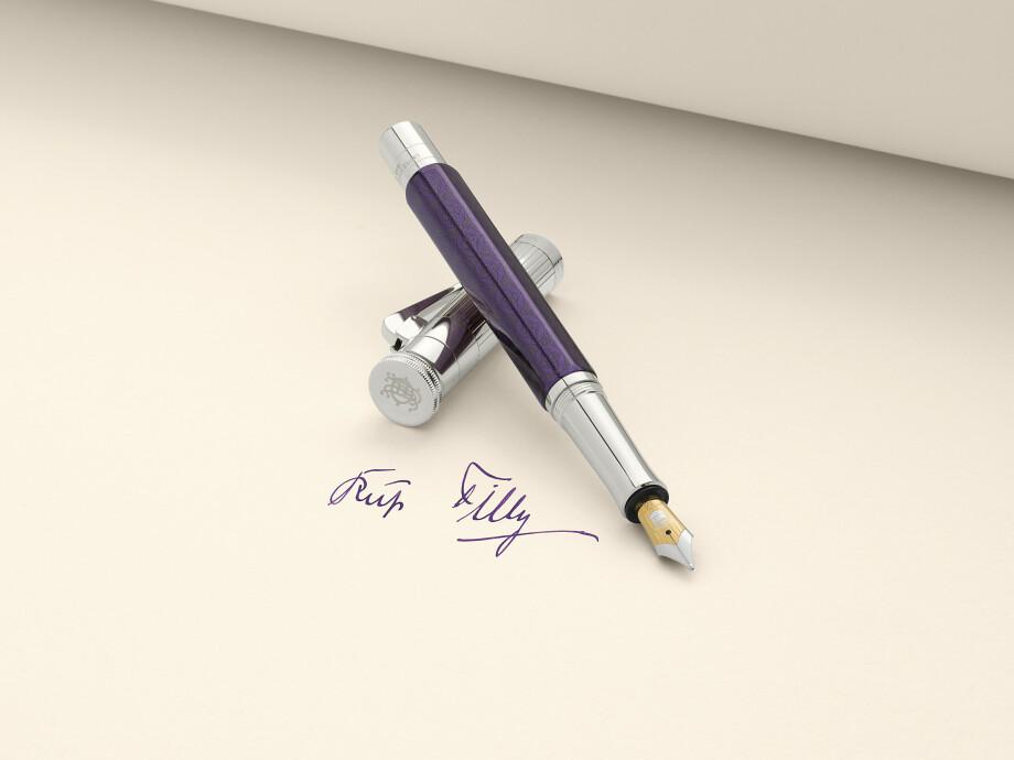 Graf von Faber-Castell Limited Edition Heritage Ottilie Füllfederhalter 03