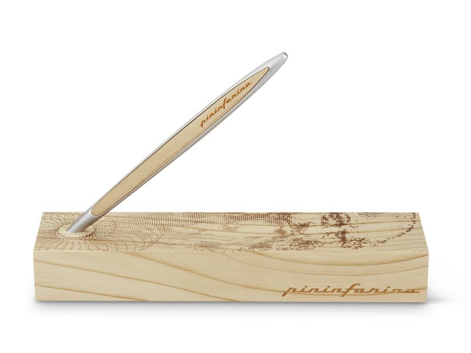 Pinifarina Cambiano Leonardo Drawing, 500th Limited, Cedarwood, Ballpoint 02